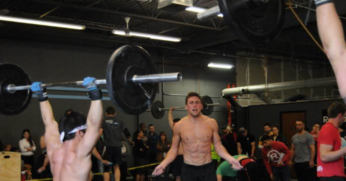 How much is showing too much at the gym? - GirlsAskGuys