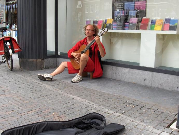 Do you give money to street musicians?