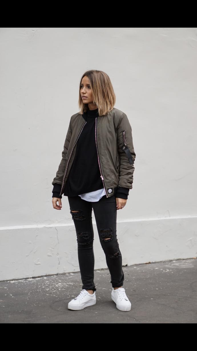 Guys, what do you think of the bomber style on girls?