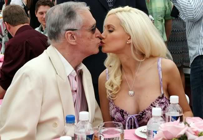 Could you date a woman who use to be in a relationship with a much older man ?