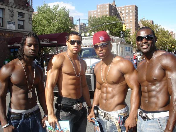 Men vs Women Fighting: 4 women who know Krav Maga vs 4 black guys. Who would win?