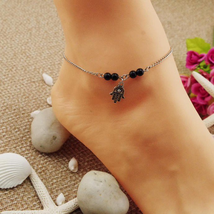 Anklets, adds hotness yes, no?
