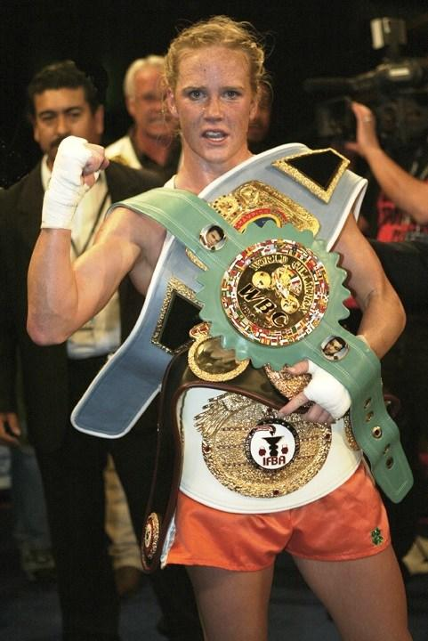 Is it odd to get motivated and inspired by a female athlete as a male fighter(amateur boxer, Muay Thai fighter and BJJ practioner)?