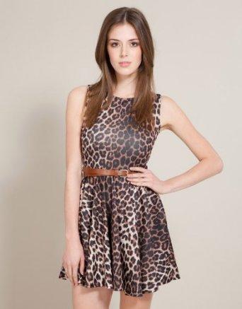 Guys, do you like girls in leopard print?