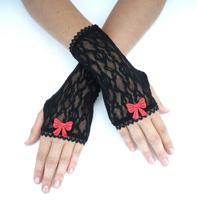 Fashion gloves/arm warmers nice or not?