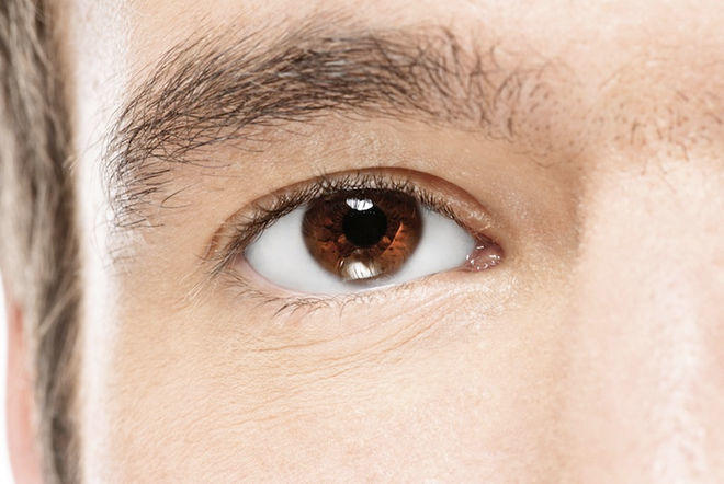 Girls, girls which do u prefer ? a colored eye guy or brown eyed ?
