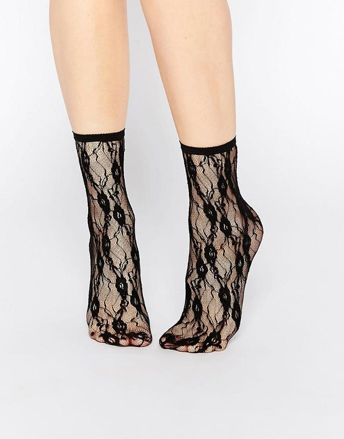 Do you like lace socks?