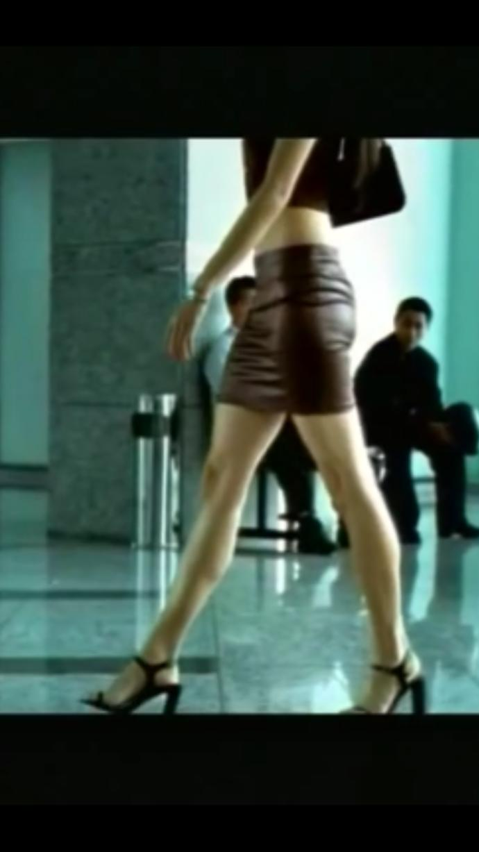 Girls, is her skirt short or a mini?  If you wore it in a crowded area what would happen? Which type of sandals fit best?