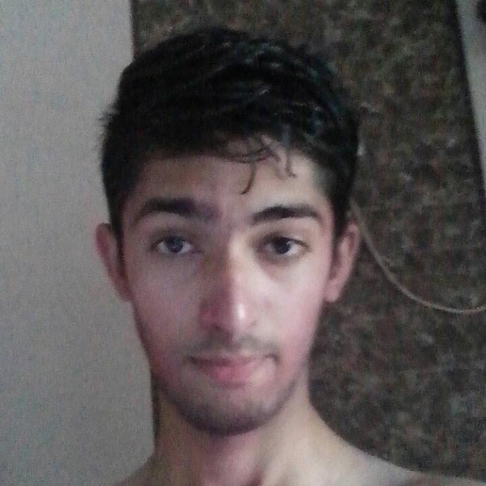 How Do I look girls?? Please tell me cuz i think i am not a good looking guy! Can u give me some tips also??