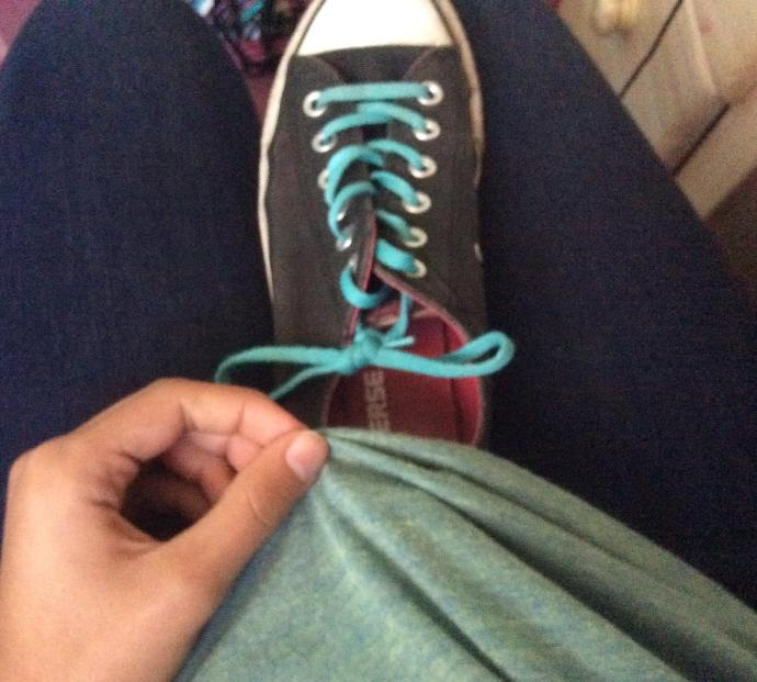 Can i wear this colored shirt with these shoes?