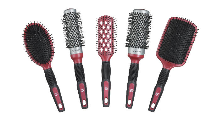 Girls, what type of brush do you use for your hair in general and/or when you style it with heat?