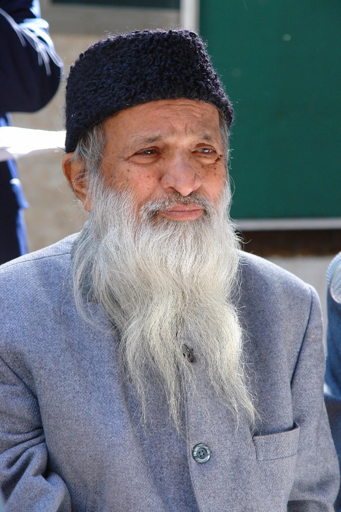 Does anybody here know about Abdul Sattar Eidhi?