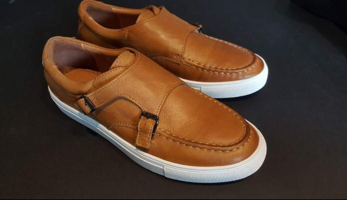 Girls, Do you like this pair of casual sneakers?