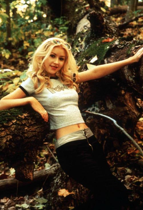 Rate 90's Christina Aguilera?