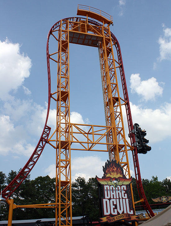 Rate this ride: Dive Coaster?