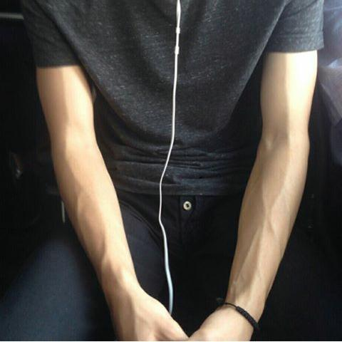 Girls, what do you think of workout veins???