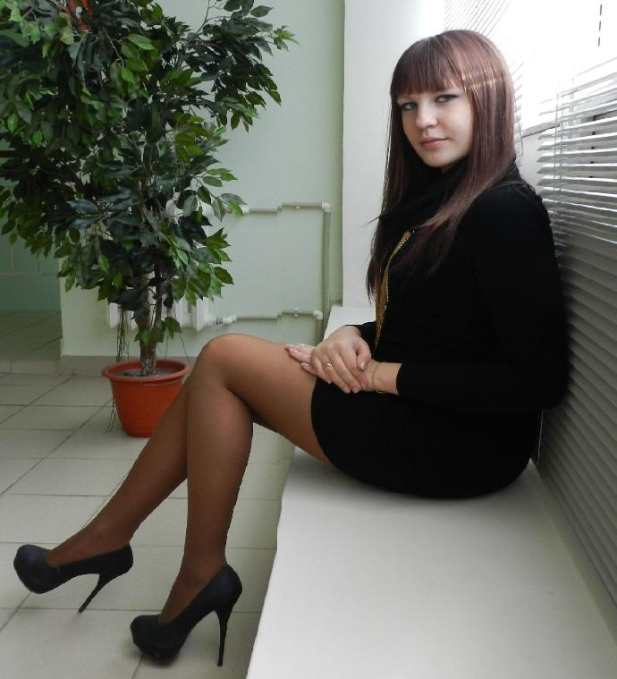 Do you think the tall heels/skirt/professional looks suits me?