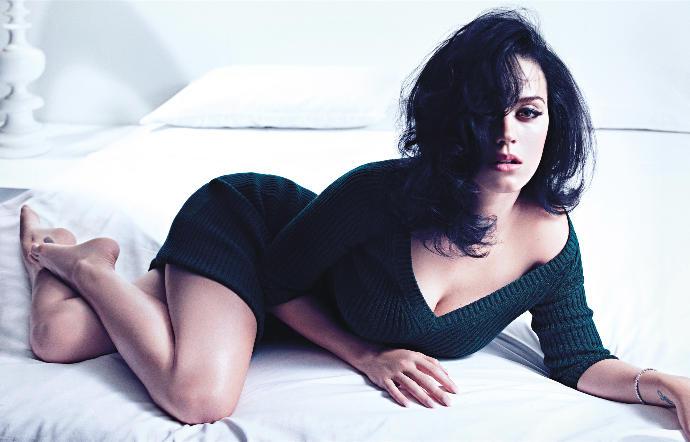 Rihanna vs Katy Perry?