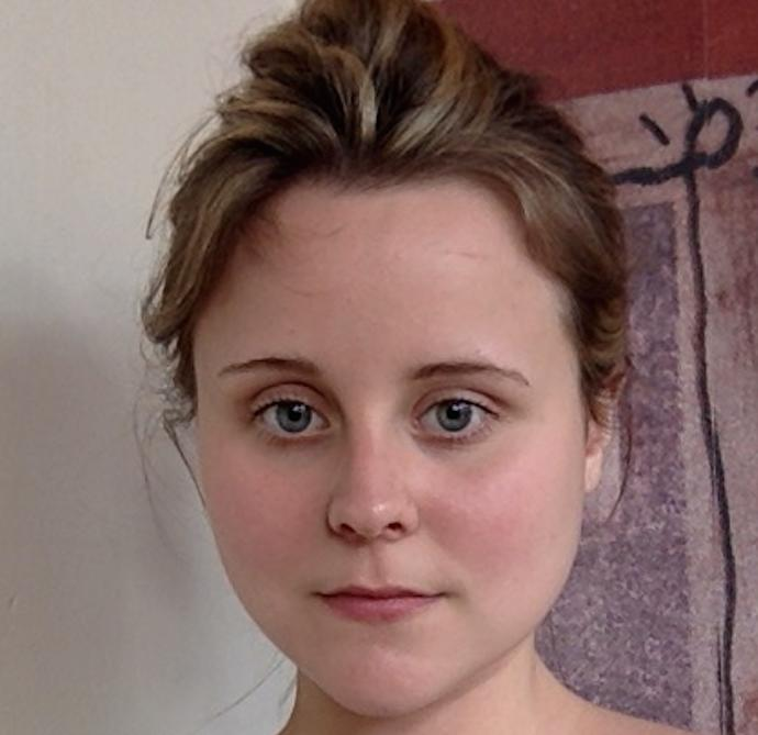 Guys, Does this face look fat? (No make-up and hair scraped back, so clear view)? Is it ugly?
