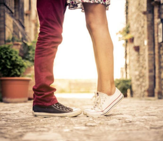 Do guys like short girls?