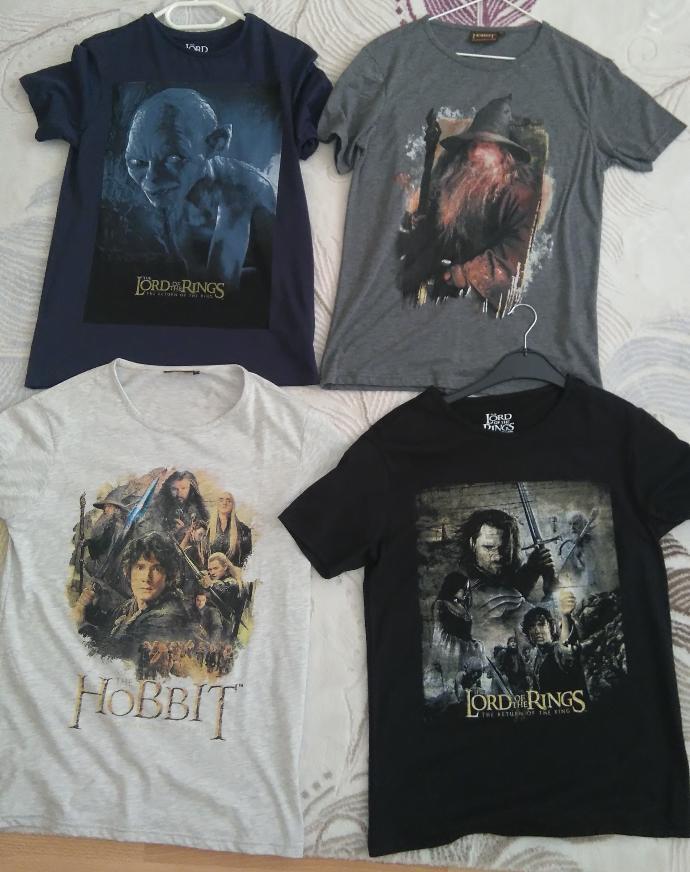 Do you wear geek t-shirts ? What do you think about geek t-shirts / guys who wear geek t-shirts ?