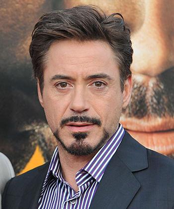 Girls,  What do you think of Robert Downey Jr's beard?
