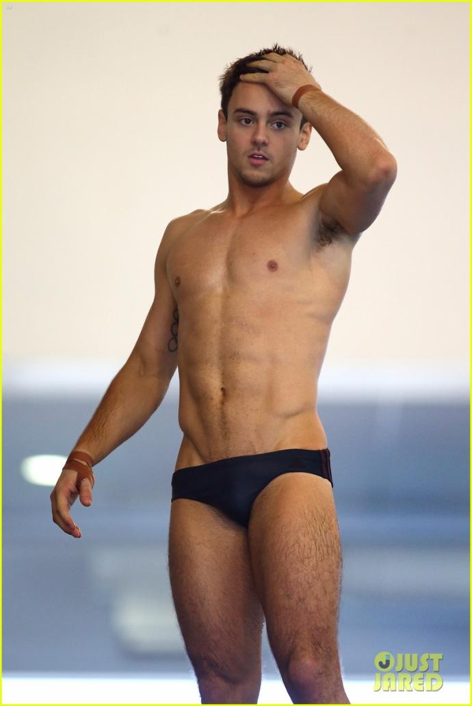 Who else finds speedos really unattractive like I do :x?