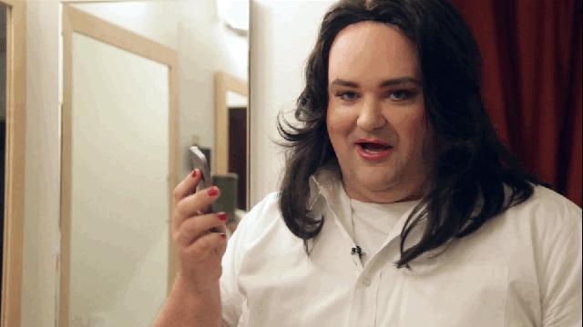 Why's it so hard for me to tell when a woman is actually a man dressed as a lady, until it's way too late?