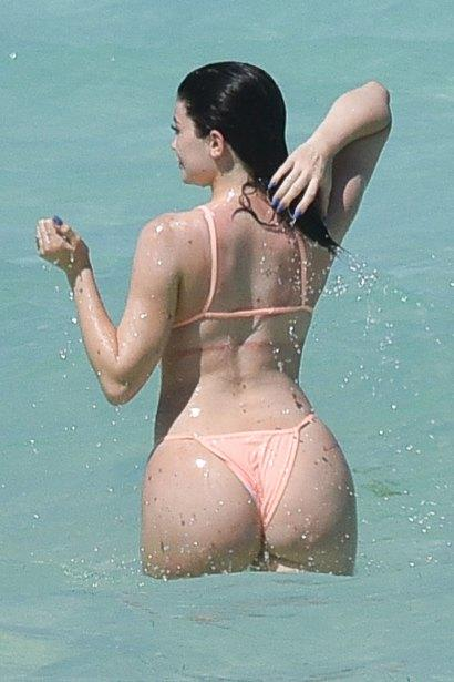 How does this view of Kylie Jenner look?