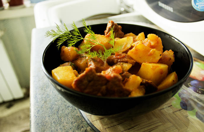 Would u eat this beef cooked withpotatoes and vegetables?