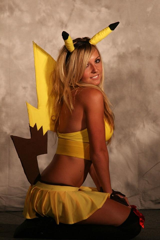 Who else thinks Jessica Nigri is overrated?