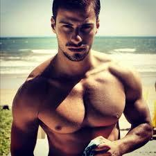 Doesn't this musch chest muscle look like Woman breasts?