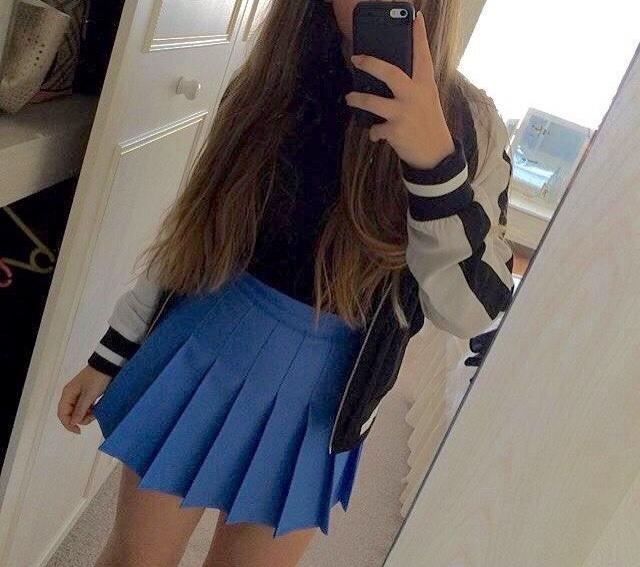 Is this a really girly skirt or can guys wear it?