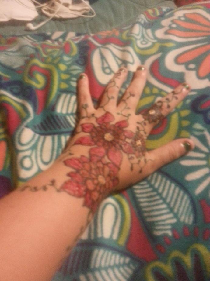 Does my henna tattoo look ok?