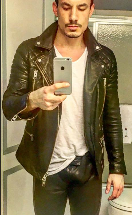 Girls, do you like my leather pants? Do they show too much bulge?