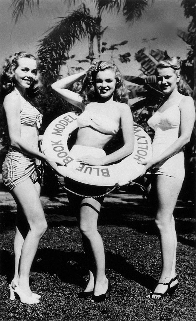 Girls, do you like this photo of marilyn mornoe and other models?