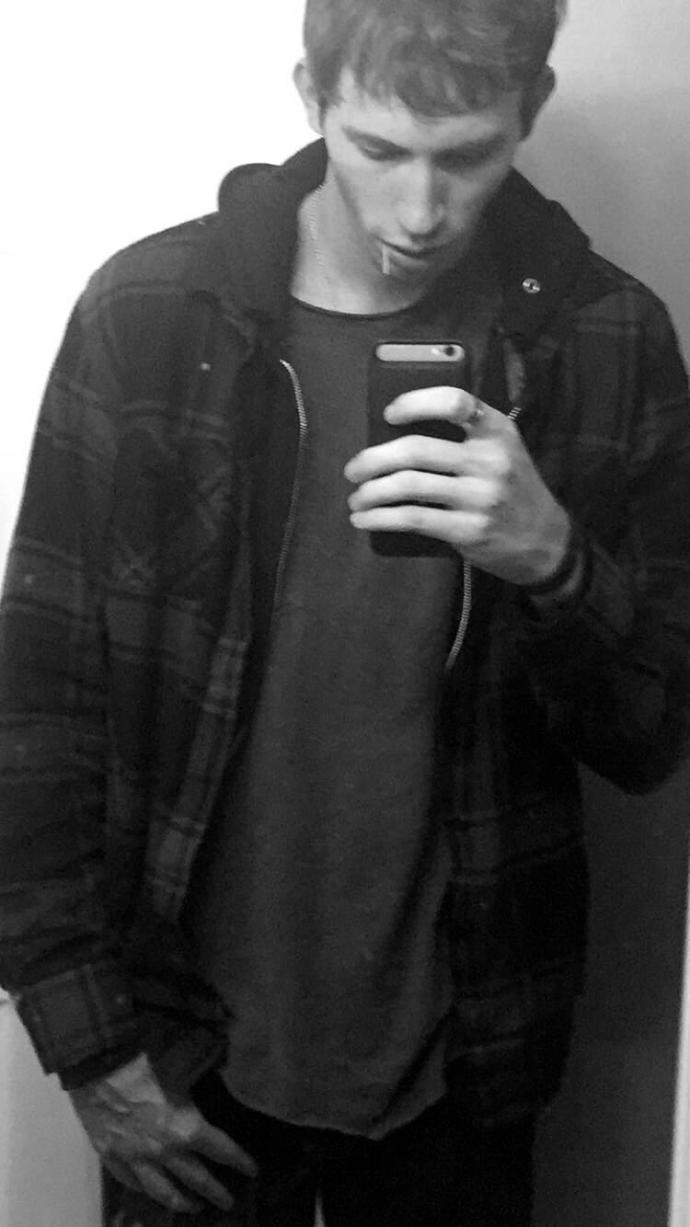 Girls, Dose this flannel look good on me?