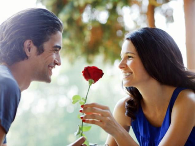 How old were you when you started dating seriously? What was the defining point between dating for leisure vs finding companionate love?