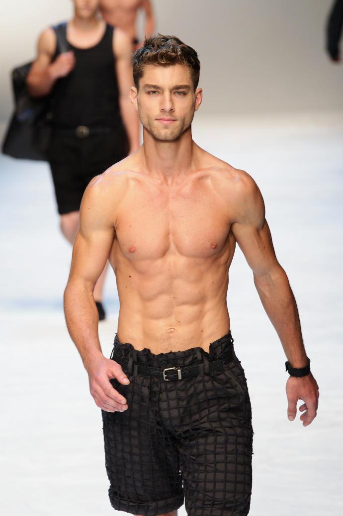 Naked Man Fashion Show Dolce Gabbana