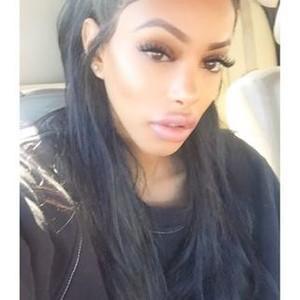 Does it look like she got a nose job (instagram model)?