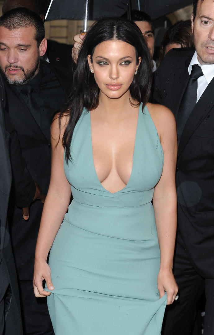 Rate this pic of Kim Kardashian + Angelina Jolie combined?