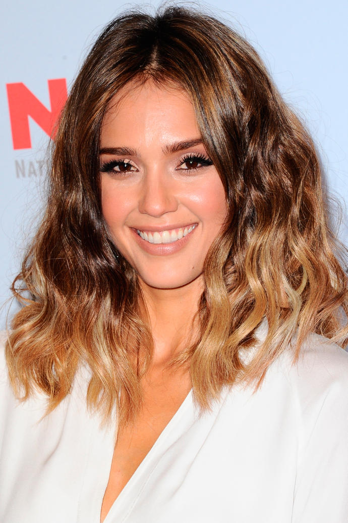 Guys: do you think this dip dye hair is attractive on women (pictures included)?