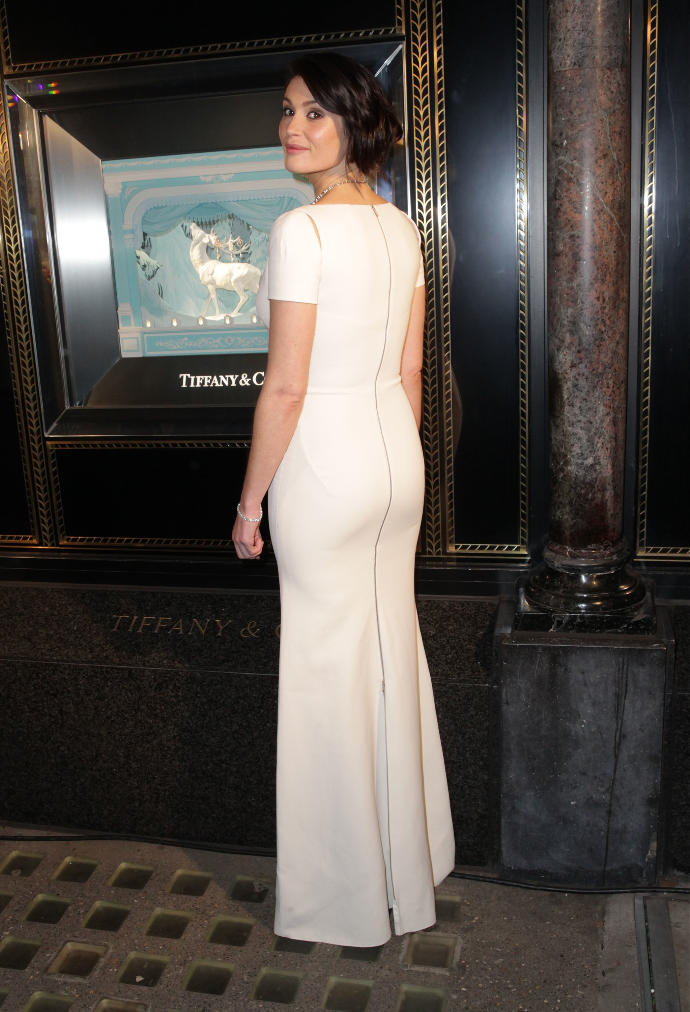 1. Girls, what do you think of Gemma Arterton's dress here?