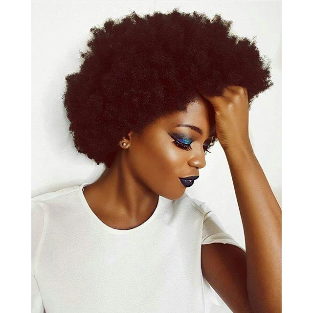 For my GaGer's with full blown afro's. What hair scare products do you use and what's your daily routine?
