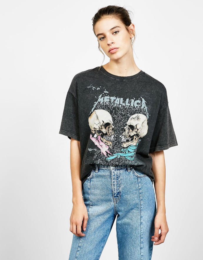 Do you think its OK for a girl to wear this t-shirt if she doesn't listen to Metallica?