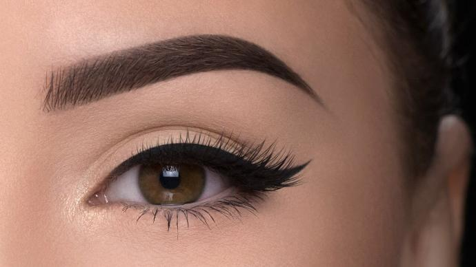 Do guys like sharp shaped eyebrows?