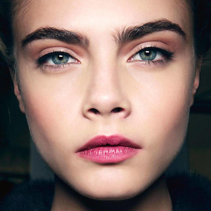 Natural Thick Eyebrows ?