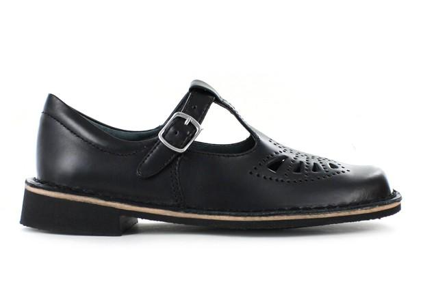 Girls, Girls in Australia, What do you prefer to wear with school uniform, T-Bar or lace ups?