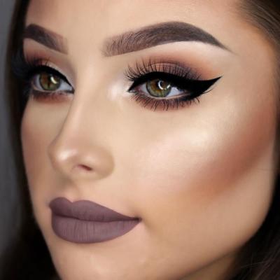 """Instagram"" makeup VS ""natural"" makeup? What looks better?"
