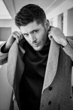 Girls, isn't he hot??